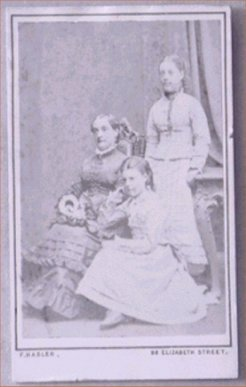 Caroline Le Blond with daughters Carrie and Tottie